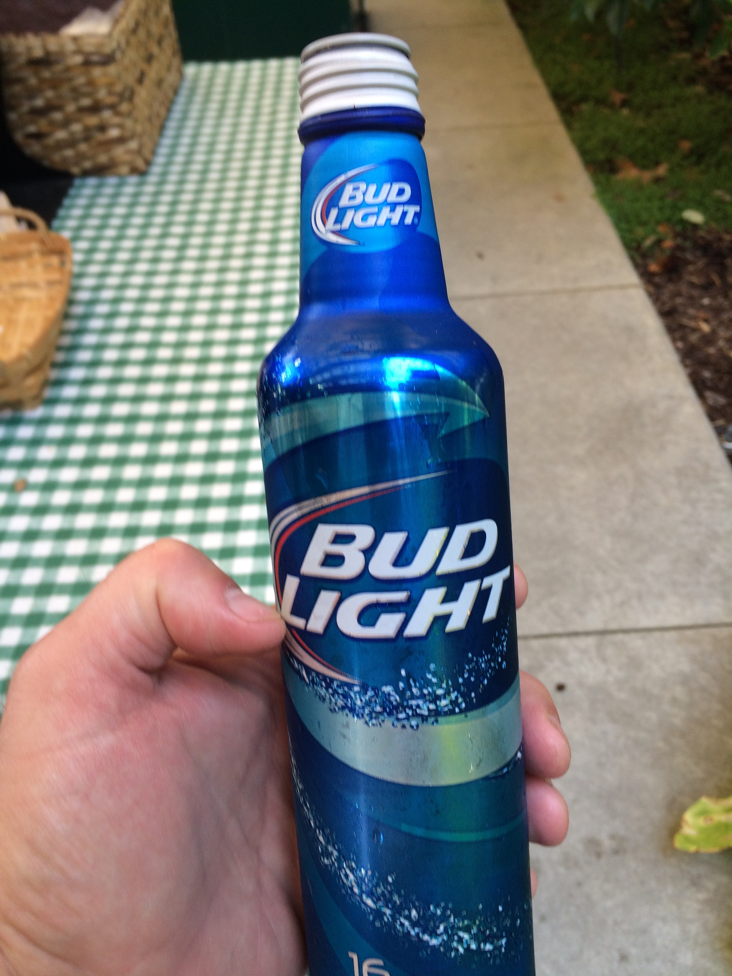 The Drink Of The Weekend–Bud Light | REX CRUM